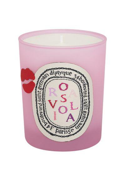 """<a href=""""http://mecca.com.au/diptyque/rosaviola-candle/V-023030.html"""" target=""""_blank"""">Rosaviola candle, $97, Diptyque</a>"""