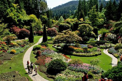 <strong>9. Butchart Gardens Tour by Bus – Vancouver, Canada</strong>