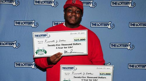 Man claims almost $900,000 by winning same lotto draw twice
