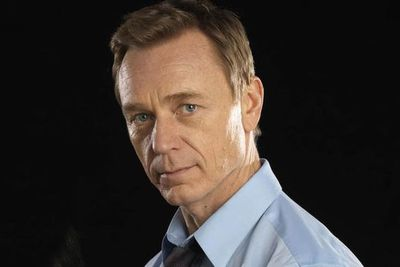 Another red-hot favourite is 49-year-old actor Ben Daniels - popular with fans keen to see an older man take over the role.<br/>