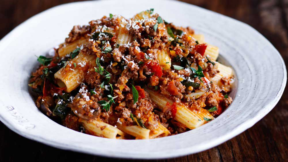 Rich beef ragu rigatoni_recipe
