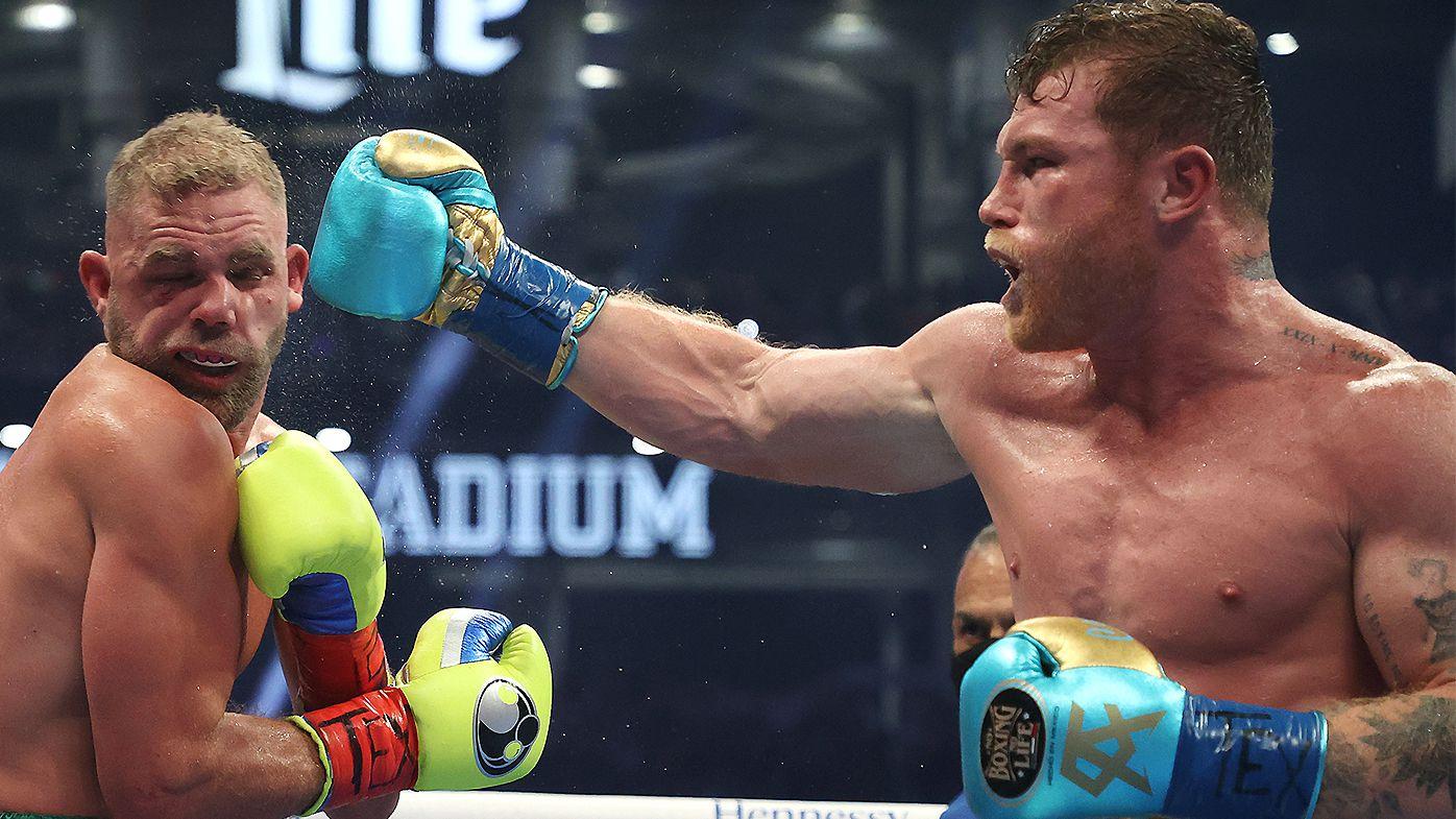 Canelo Alvarez destroys Billy Joe Saunders' eye socket in TKO win