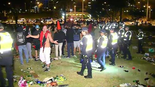 Police had to call in for reinforcements to control the crowds. (9NEWS)