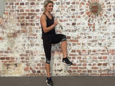 <p>Circuit 1: high-knee jogging</p>