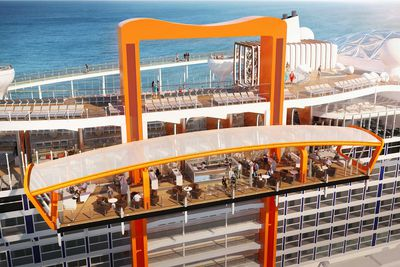 <strong>Magic Carpet -&nbsp;Celebrity Edge&nbsp;</strong>