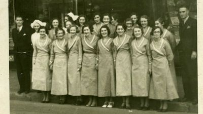 Employees of Woolworths' Leichhardt store in 1939. (Supplied)