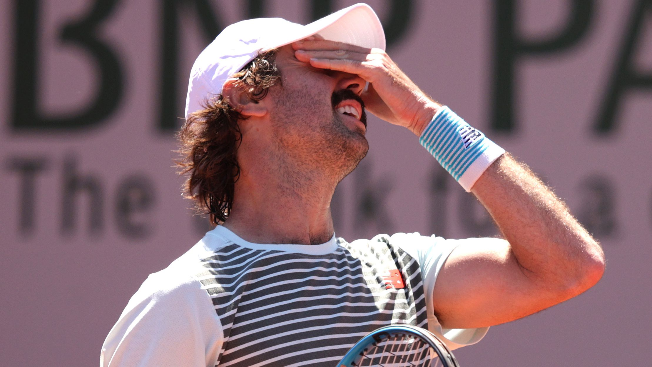 Jordan Thompson loses in first round at Roland Garros against Spain's Jaume Munar