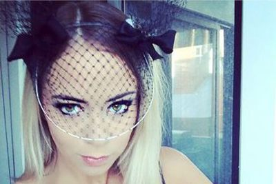 <i>Big Brother</i> 2013's Tully Smyth is all about the bows with her Richard Nylon fascinator.