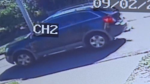 The offender fled in this Holden Captiva.