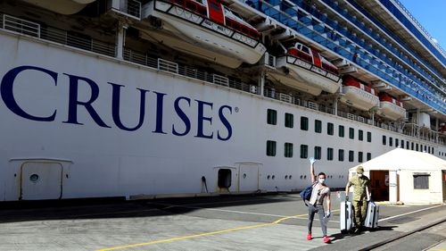 Ruby Princess crew disembark, spend first night on land in Sydney