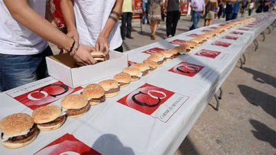 Longest line of hamburgers