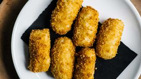 Salt cod croquette