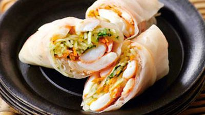 "Click through for our refreshing <a href=""http://kitchen.nine.com.au/2016/05/19/13/06/prawn-green-papaya-rice-paper-rolls"" target=""_top"">prawn &amp; green papaya rice paper rolls</a> recipe"