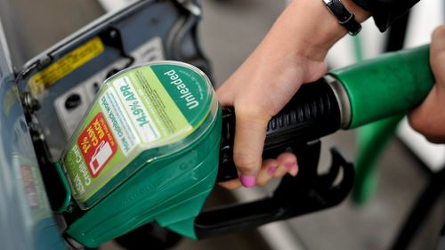 Bringing back fuel pump attendants could triple profits for service stations