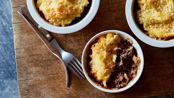 Diane pies with parsnip mash