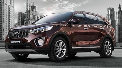 The Kia Sorento Si was rated the best value medium SUV 7-seat under $60,000, with the Hyundai Santa Fe Active coming second, and the Holden Captiva 7 LS coming third. (Supplied)