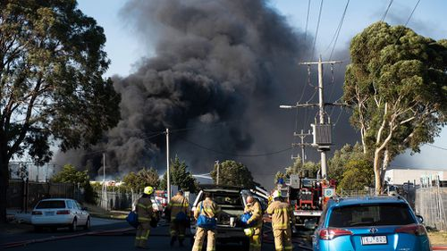 190405 Melbourne factory fire Campbellfield under control
