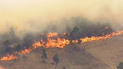 Temperatures measured 39 degrees in the town, expected to be higher near the fireground. (9NEWS)