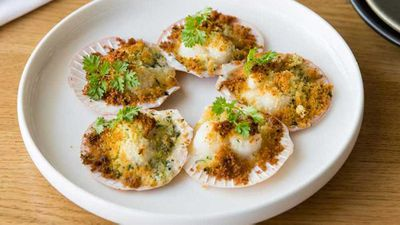 "Recipe:&nbsp;<a href=""http://kitchen.nine.com.au/2017/05/26/14/19/the-tillbury-hotels-baked-queen-scallops-cauliflower-brioche-and-herb-crust"" target=""_top"">The Tillbury Hotel's baked queen scallops, cauliflower, brioche and herb crust</a>"