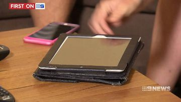 VIDEO: How to avoid phone bill traps
