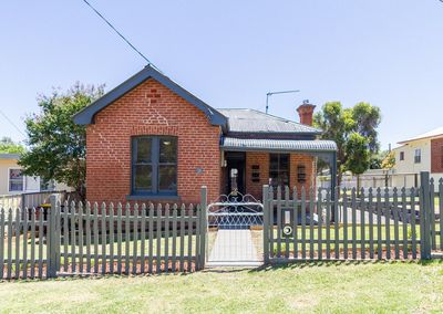 <strong>6 Coota Street, Cowra, NSW: $207,500</strong>
