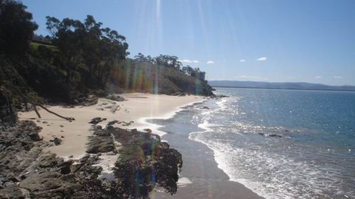 Roches Beach, Lauderdale 13kms east of Hobart