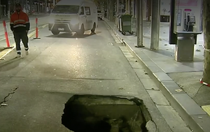 Melbourne sinkhole forces closure of busy CBD street