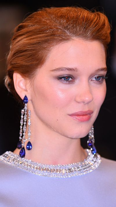 <p><strong>Léa Seydoux</strong>'s pretty metallic eye perfectly complemented her blue-hued Miu Miu look.</p>
