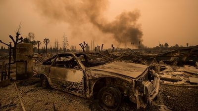 <strong>Apocalyptic scenes at California wildfires 'ground zero'</strong>