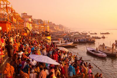 <strong>10. Discovering life on the bank of the Ganges &ndash; Varanasi, India</strong>