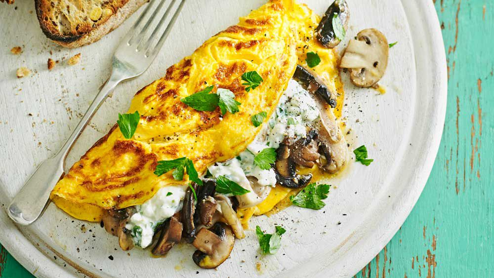 Mushroom and parsley cheese omelette for Weight Watchers