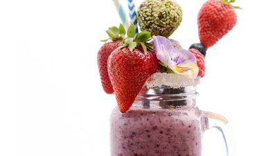 "Recipe:&nbsp;<a href=""http://kitchen.nine.com.au/2016/10/10/18/12/pre-workout-berry-beauty-blast-smoothie"" target=""_top"">Pre-workout berry beauty blast smoothie<br /> </a>"