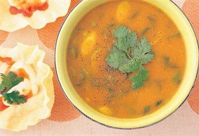 """Recipe:<a href=""""/recipes/ipumpkin/8356485/pumpkin-curry-and-apple-soup"""">Pumpkin, curry and apple soup</a>"""