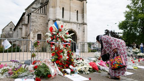 French PM moots temporary ban on foreign-funded mosques