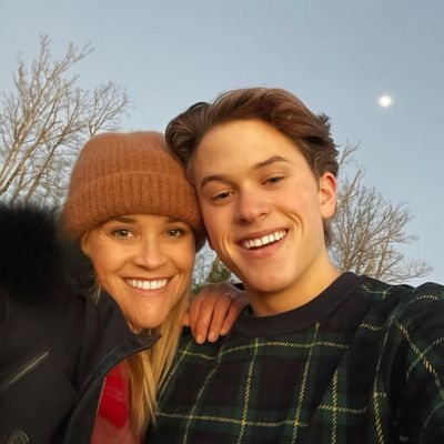 Reese Witherspoon and son Deacon Phillipe