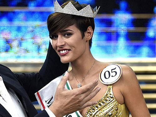 Miss Italia takes title despite major gaffe