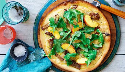 "<a href=""http://kitchen.nine.com.au/2016/05/16/12/37/pork-pizza-with-provolone-and-peach-and-rocket-salad"" target=""_top"">Pork pizza with provolone and peach and rocket salad</a>"