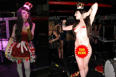 Even the Middletons' distant cousin - burlesque dancer Katrina Darling - has inherited the family's hot genes.