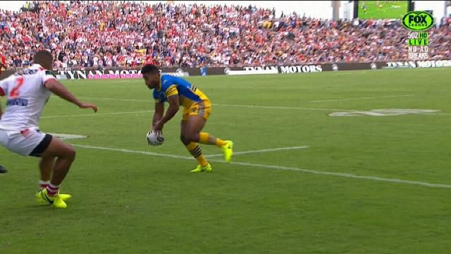 Parramatta centre Michael Jennings sparks memorable try with freakish pass