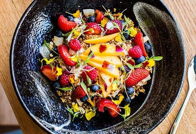"<a href=""http://kitchen.nine.com.au/2016/05/05/11/00/harrys-chia-pudding-with-seasonal-fruit"" target=""_top"">Harry's chia pudding with seasonal fruit</a>"