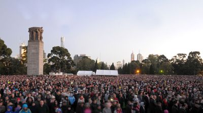 Crowds gather at the Shrine of Remembrance in Melbourne. (AAP)