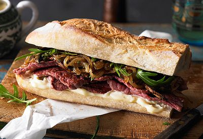 "Recipe: <a href=""http://kitchen.nine.com.au/2016/05/05/13/19/gourmet-silverside-steak-sandwich-with-caramelised-onions"" target=""_top"">Gourmet silverside steak sandwich with caramelised onions</a>"