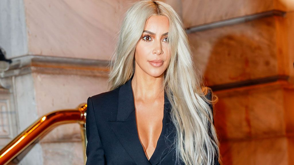 A fashion trend we never thought we'd see again. Thanks Kimmy K! Image: Getty.