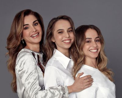 Queen Rania of Jordan poses with lookalike daughters for birthday portrait