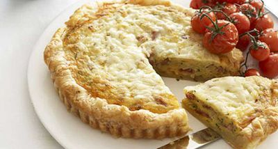 "Recipe: <a href=""http://kitchen.nine.com.au/2016/05/17/14/26/ham-and-leek-quiche"" target=""_top"">Ham and leek quiche</a>"