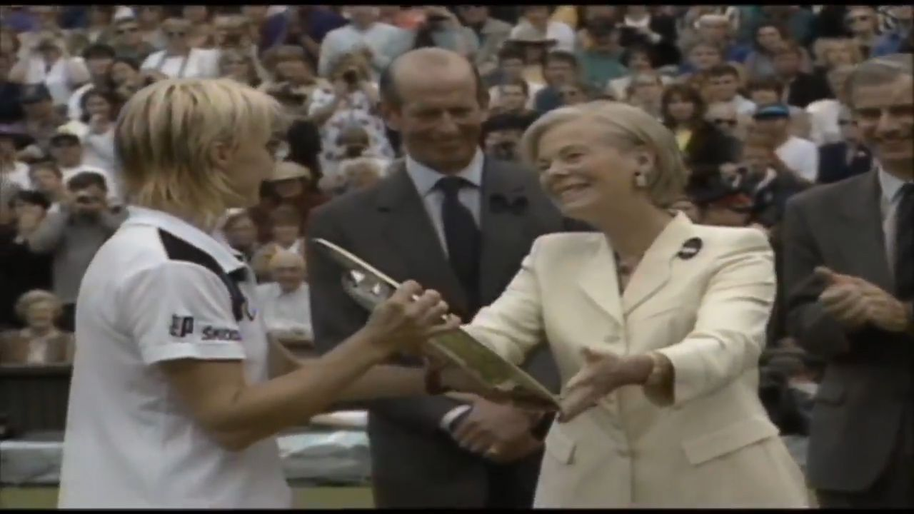 Novotna's crowning moment