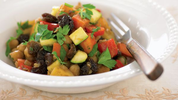 Spicy vegetables and chickpeas