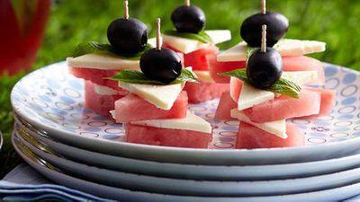 "<a href=""http://kitchen.nine.com.au/2016/05/16/15/03/olive-feta-and-watermelon"" target=""_top"">Olive, feta and watermelon</a>&nbsp;recipe"