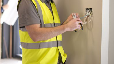 What you need to know about hiring tradies during the coronavirus pandemic