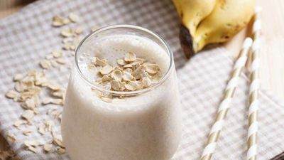 "<a href=""http://kitchen.nine.com.au/2017/01/13/17/42/pre-workout-breakfast-power-smoothie"" target=""_top"">Pre-workout breakfast power smoothie</a>"